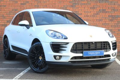 Porsche Macan 3.0 S Diesel 5dr PDK Estate Diesel White at Yorkshire Vehicle Solutions York