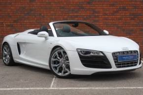 Audi R8 5.2 FSI Quattro 2dr Convertible Petrol White at Yorkshire Vehicle Solutions York