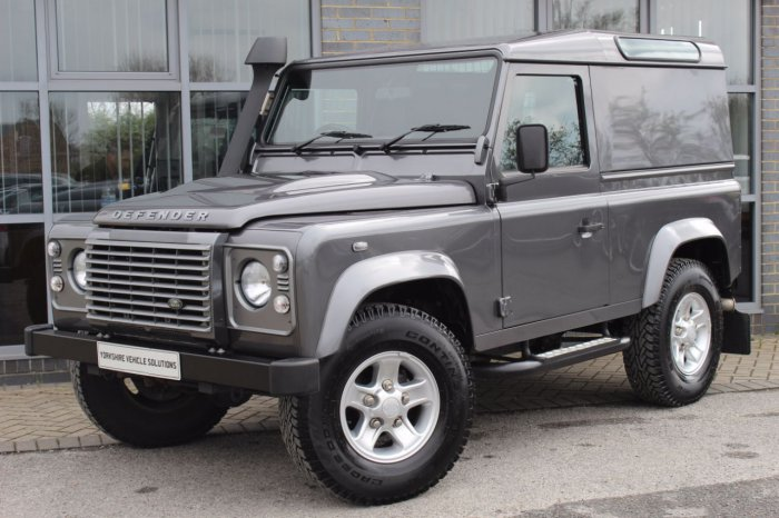 Land rover Defender XS Hard Top TDCi [2.2] Four Wheel Drive Diesel Grey