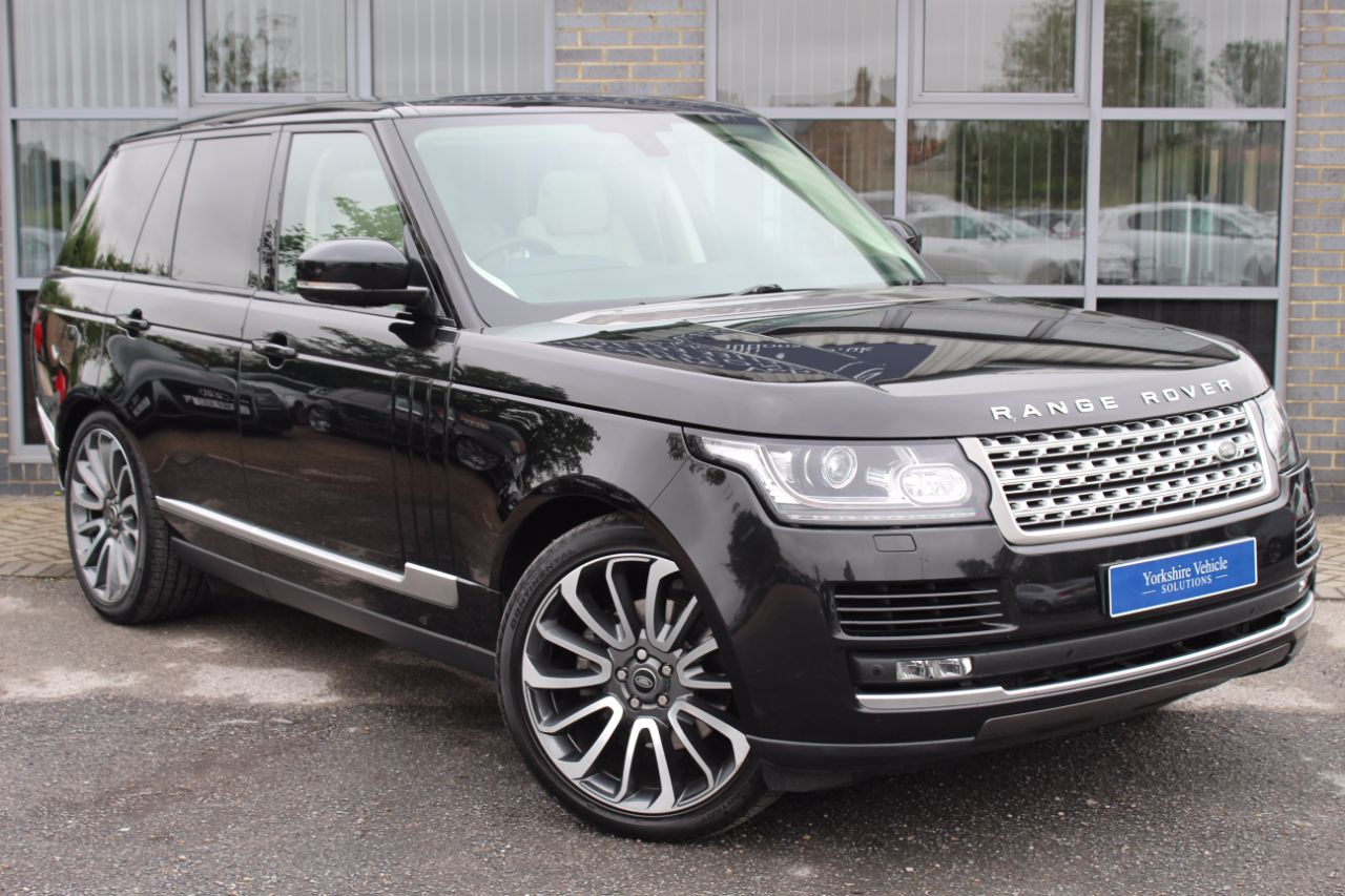 Land Rover Range Rover 3.0 TDV6 Vogue Auto Estate Diesel Black at Yorkshire Vehicle Solutions York