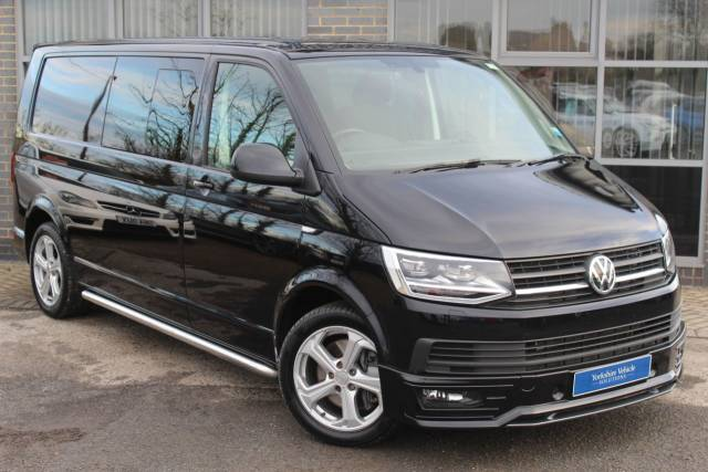 Volkswagen Transporter 2.0 TDI BlueMotion Tech T32 Highline DSG 204 PS Combi Van Diesel Black