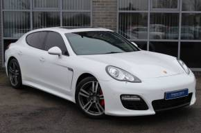 Porsche Panamera 3.0 V6 Diesel Platinum Edition Tiptronic S Hatchback Diesel White at Yorkshire Vehicle Solutions York