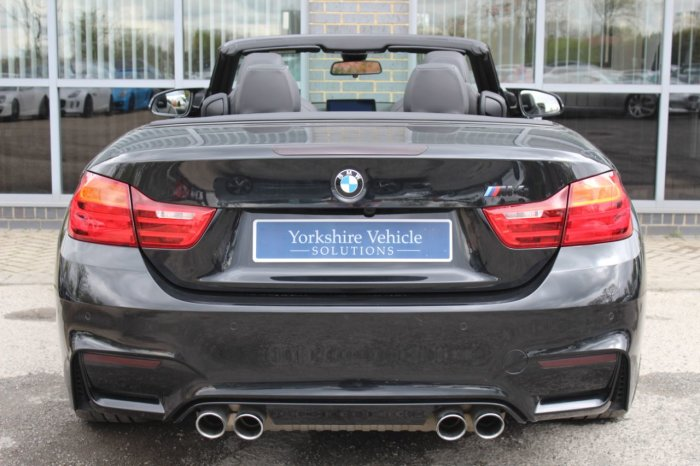 BMW M4 3.0 M4 Convertible DCT Convertible Petrol Black
