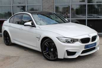 BMW M3 3.0 M3 S-A Saloon Petrol White at Yorkshire Vehicle Solutions York