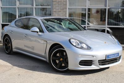 Porsche Panamera 3.0 V6 Diesel Tiptronic S Hatchback Diesel Silver at Yorkshire Vehicle Solutions York